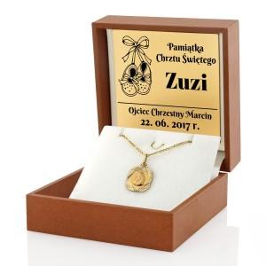 medalik z matką boską na  prezent na chrzciny