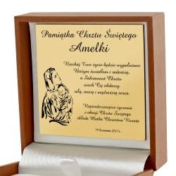 medalik matka boska na prezent na chrzest święty