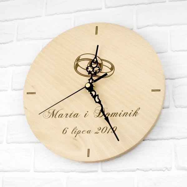 grawerowany zegar ścienny na prezent na ślub