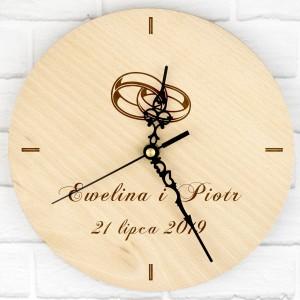 zegar z grawerem imion na prezent ślubny