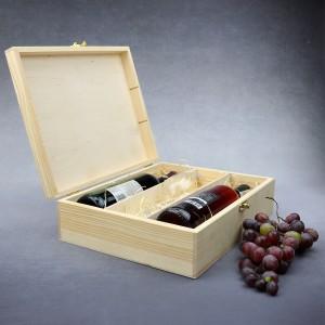 grawerowana skrzynka na dwa wina z kieliszkiem dla księdza