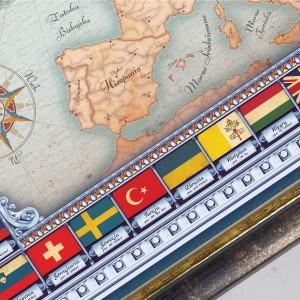 spersonalizowana mapa europy w ramie drewnianej dla proboszcza