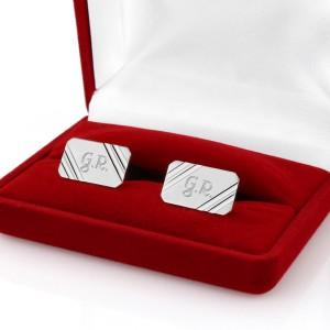 srebrne spinki z personalizacją dla wikariusza