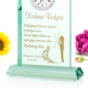 grawerowana szklana statuetka z zegarem na podziękowania dla rodzicow