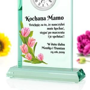szklana statuetka zegar z nadrukiem na podziękowania dla mamy