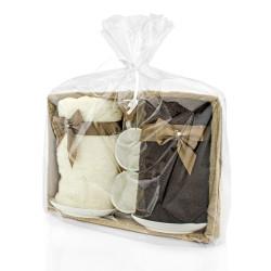 zestaw ręczników z haftem i filiżanek z nadrukiem na podziękowanie weselne dla rodziców