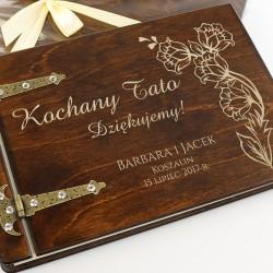 personalizowany album drewniany dla taty jako podziękowanie
