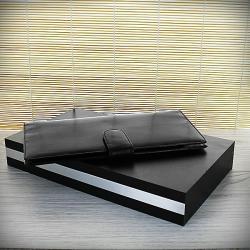 Grawerowany portfel