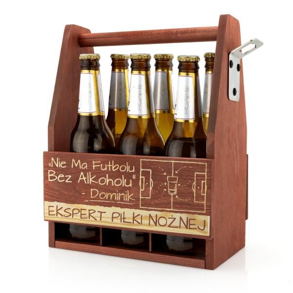 drewniana skrzynka na 6 piw z grawerem imienia na prezent dla fana piłki nożnej