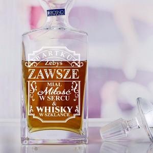 karafka do whisky z grawerem na prezent urodzinowy
