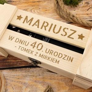 skrzynka drewniana z grawerem imienia na urodziny