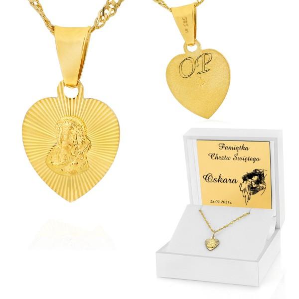 medalik złoty na łańcuszku w pudełku z dedykacją na chrzest