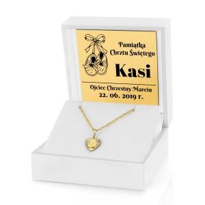 medalik złoty na łańcuszku w pudełku z dedykacją