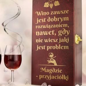 grawerowana skrzynka butelkę wina na prezent dla przyjaciółki