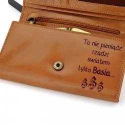 skórzany portfel z grawerem na prezent dla niej na urodziny