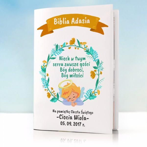 biblia na prezent dla dziecka z personalizowaną okładką na chrzest