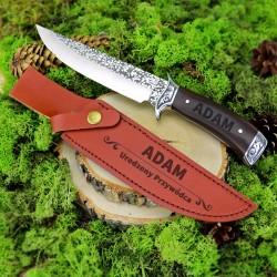 nóż w pokrowcu z grawerem imienia na upominek z okazji urodzin