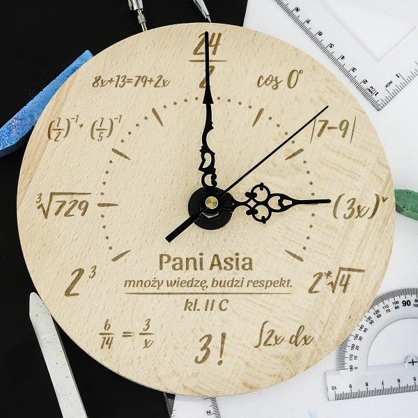 prezent dla matematyka zegar z grawerem dedykacji