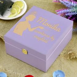 skrzynka na herbatę z grawerem na oryginalny prezent