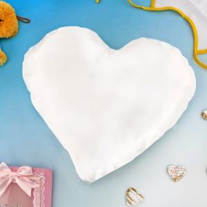 poduszka w kształcie serca na prezent z okazji chrztu