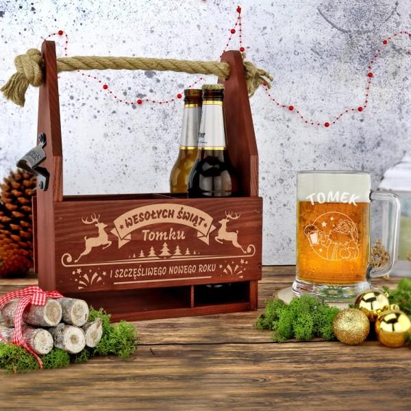 drewniana skrzynka z kuflem na prezent na święta