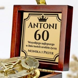 60 urodziny prezent z grawerem dedykacji kompas z personalizacją