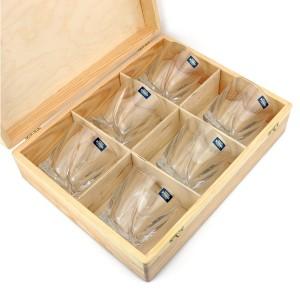 zestaw do whisky w pudełku z grawerem na prezent
