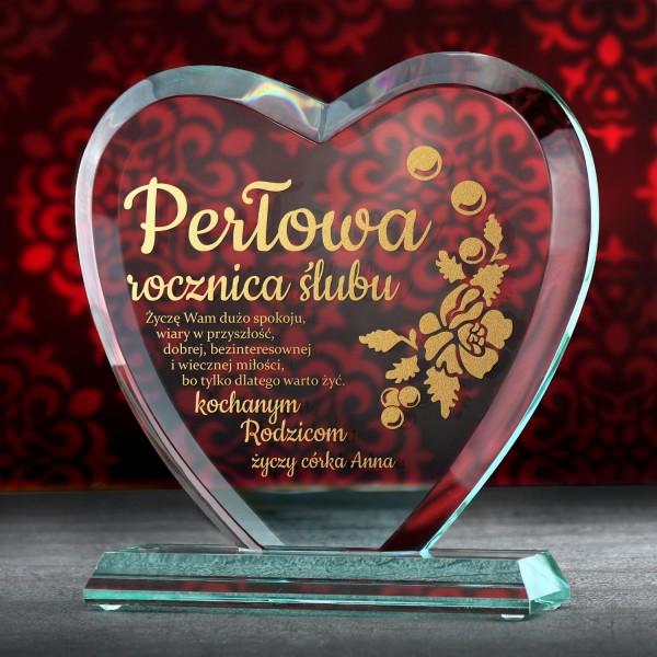 pomysł na prezent z okazji 30 rocznicy ślubu szklana statuetka z grawerem
