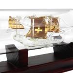 szklany statek w butelce pinta z grawerem