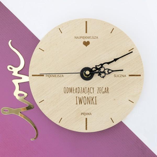 zegar z grawerem na prezent dla żony