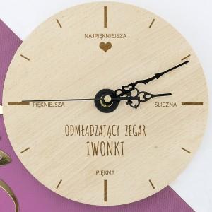 zegar ścienny na prezent dla przyjaciółki