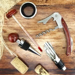 elegancki zestaw akcesoriów do wina