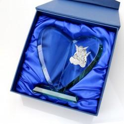 szklana statuetka z personalizacją na prezent na chrzest