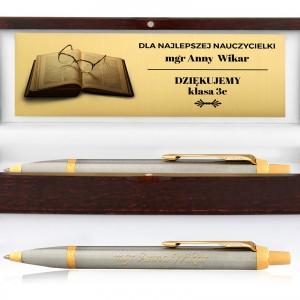 prezent na dzień nauczyciela długopis z grawerem