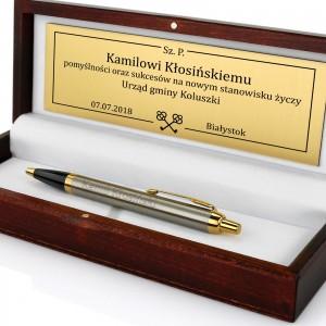 długopis firmy parker na prezent z grawerem