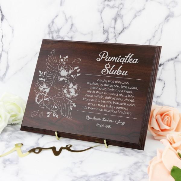 prezent na ślub drewniany certyfikat z grawerem