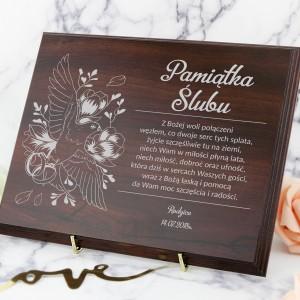 grawerowany certyfikat na pamiątkę ślubu