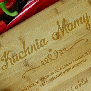 prezent na dzień matki drewniana deska do krojenia z grawerem