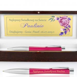 grawerowany długopis w drewnianym pudełku na prezent dla świadka weselnego