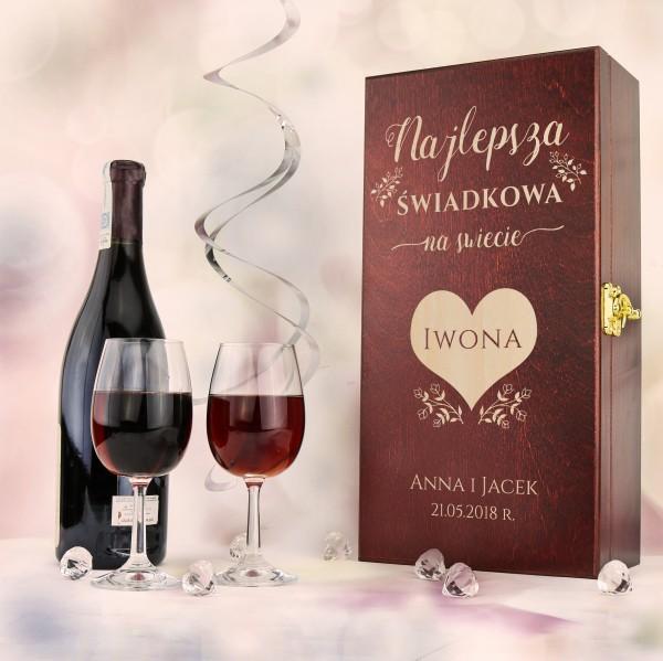 skrzynka na wino z grawerem na prezent dla świadkowej