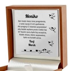 prezent dla dziewczyny biżuteria z personalizacją