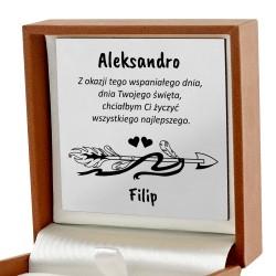 prezent dla dziewczyny na urodziny biżuteria w pudełku z personalizacją
