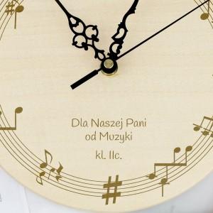 grawerowany zegar ścienny na prezent dla nauczyciela muzyki