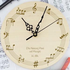 zegar drewniany z grawerem na prezent dla muzyka