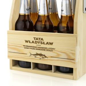 skrzynka nosidło na piwo drewniane z grawerem imienia dla taty