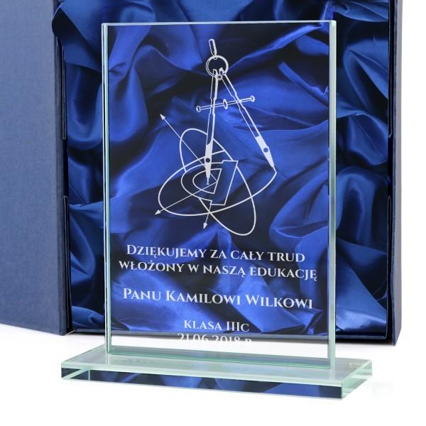 prezent dla nauczyciela matematyki statuetka z grawerem dedykacji
