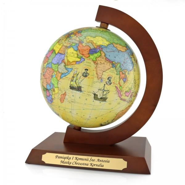 globus z grawerem na pamiątkę I Komunii Świętej