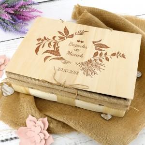 oryginalny prezent na ślub zestaw do kąpieli w skrzynce z grawerem