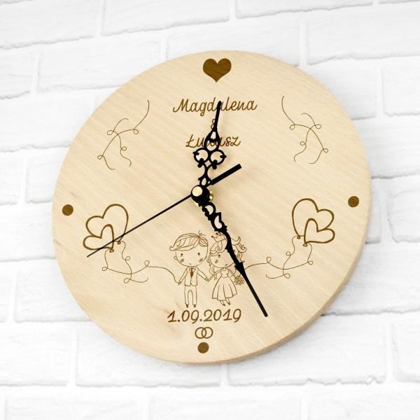 zegar ścienny z grawerem na prezent ślubny