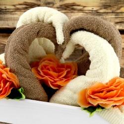 łabędzie ręczniki na prezent dla rodziców na ślubie